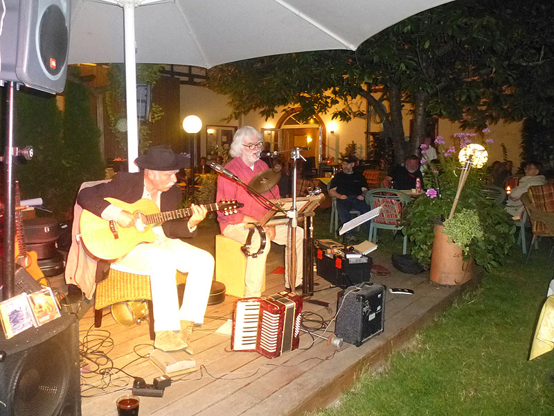 Livemusik im BRAVO 2013